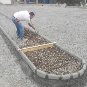 Diseno-y-construccion de estacionamiento y jardines